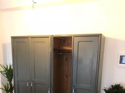 Grande armadio laccato – cod. 723